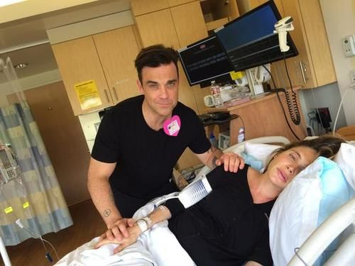 robbie williams wife giving birth